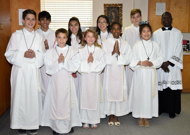 catholic altar server altar servers st luke the evangelist catholic church 10156