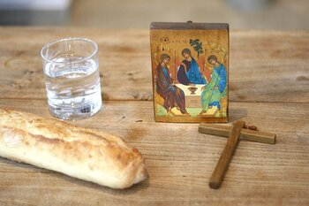 HOLY HOUR & Confessions
