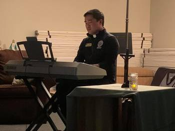 Seminarian shares his gift of music with the teens
