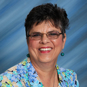 Mrs. Lynne Pilie Named Recipient of Benilde Medal for Service to Parish & School