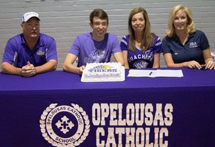 Gavin Armstrong signs with Ouachita Baptist University