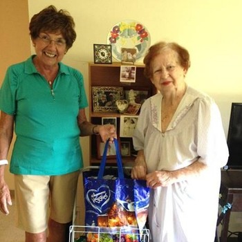Volunteer Grocery Shoppers Make a Difference for Seniors in Somerset County