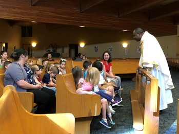 Risen Savior Celebrates First School Mass