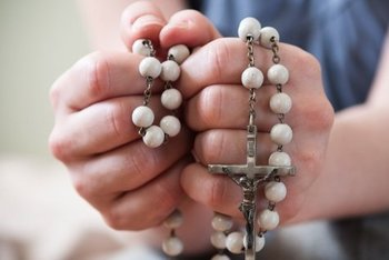 Home to Home Rosary in English