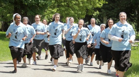 Nun_Run_2014_cropped