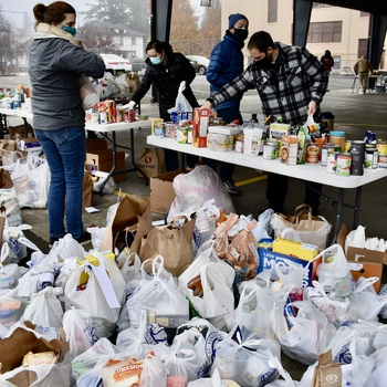 St. Rose Volunteers Deliver 12,000 Pounds of Food