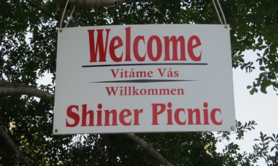 We are excited to have our 35th Annual Shiner Catholic Church Spring Picnic this year!