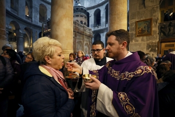 New Date: Pontifical Good Friday Collection