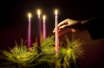 E Card: Why the Pink Candle (and where is the Advent Wreath from)?