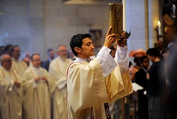 E Card: What is the Diaconate?
