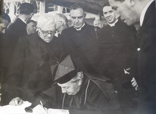 Signing the Deeds