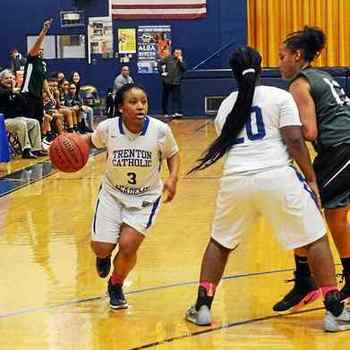 Freshmen lead TCA girls basketball to overtime win against Pemberton
