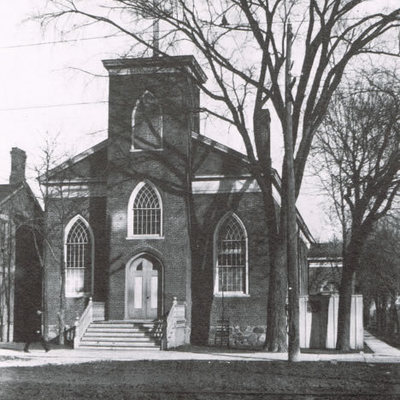 1846 - Construction of the first St. Mary's Church completed
