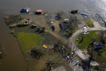 Bishop asks Diocese's faithful to help those affected by Hurricane Laura