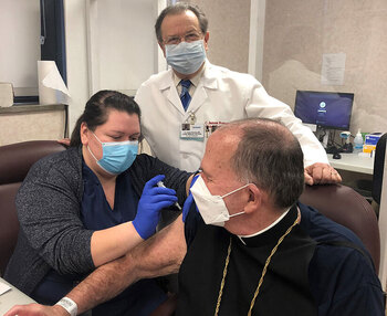 Pope, Bishop advocate for COVID-19 vaccine as moral choice