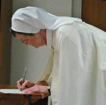 Sr Rosemarie Makes First Vows