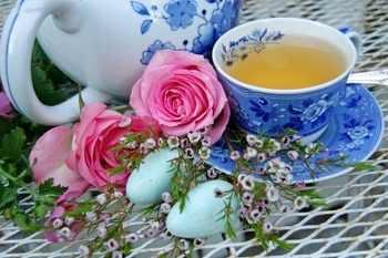 High Tea: Flowering Spring