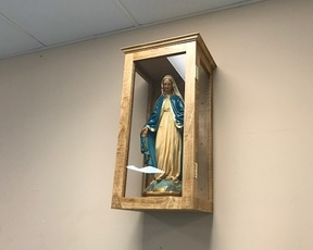 Mary's Statue joined in Mary's Hall