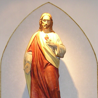 Image of statue of Jesus