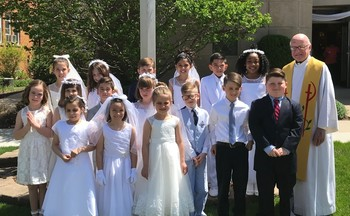 CONGRATULATIONS TO OUR FIRST COMMUNICANTS!