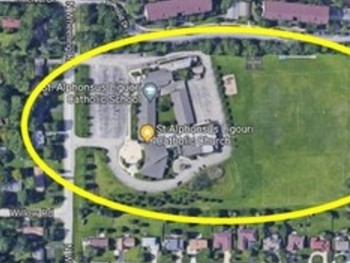 PARKING LOT Sunday Mass - at 11:00 am