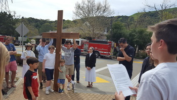 Way of the Cross through Orinda