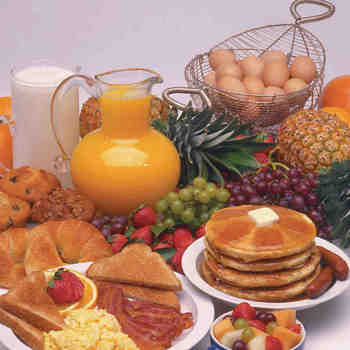 Parish Breakfast This Sunday!