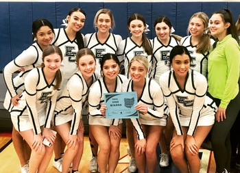 Elyria Catholic Competition Cheer Team Going to STATE