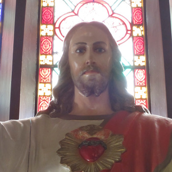 Pray the Litany of the Sacred Heart with Us Today