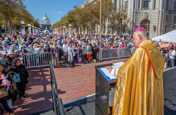 Cathedral Jubilee Rosary Rally
