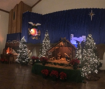 Christmas Manger Scene - Open thru January 13th