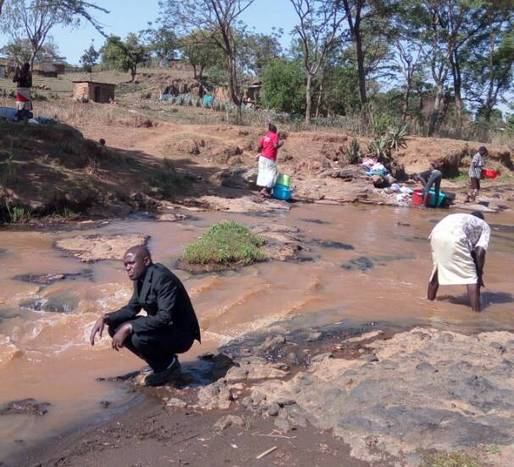 Muddy washing and drinking water
