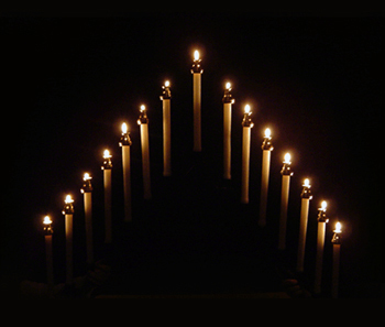 Tenebrae Service Wednesday, April 17, 7 pm