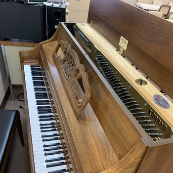 Piano for Sale! (FREE)