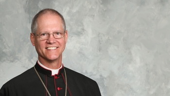 Archbishop Etienne succeeds Archbishop Sartain as Archbishop of Seattle