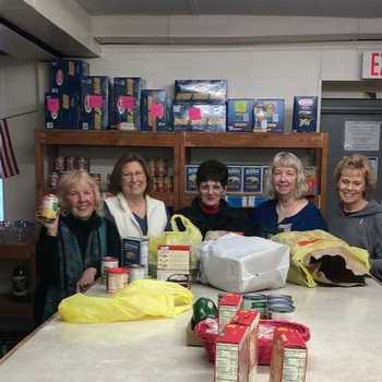 Hope House Volunteers Provide Help and Create Hope