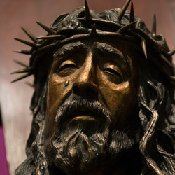 Nine Day Novena of the Holy Face of Jesus DAY 5