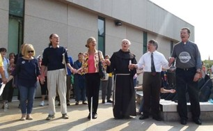 Friar John Bucchino Participates in Prayer for Immigrants