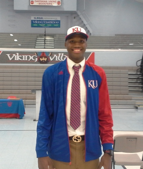 Bragg makes verbal commitment to attend University of Kansas