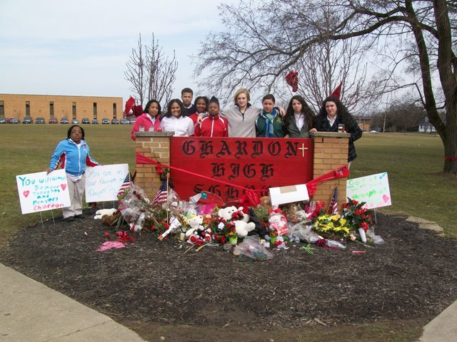 Christian Leadership class pays tribute to Chardon High School