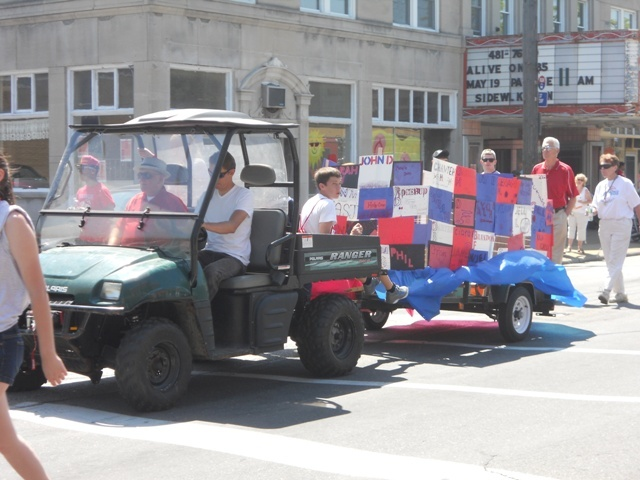 VASJ float wins first place in Alive on 185 parade