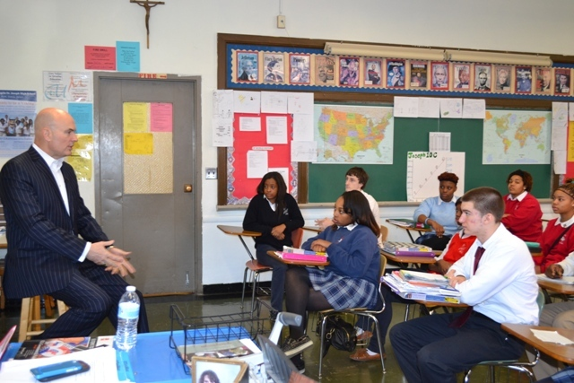 Tim Misny '73 returns to VASJ for Q&A with students