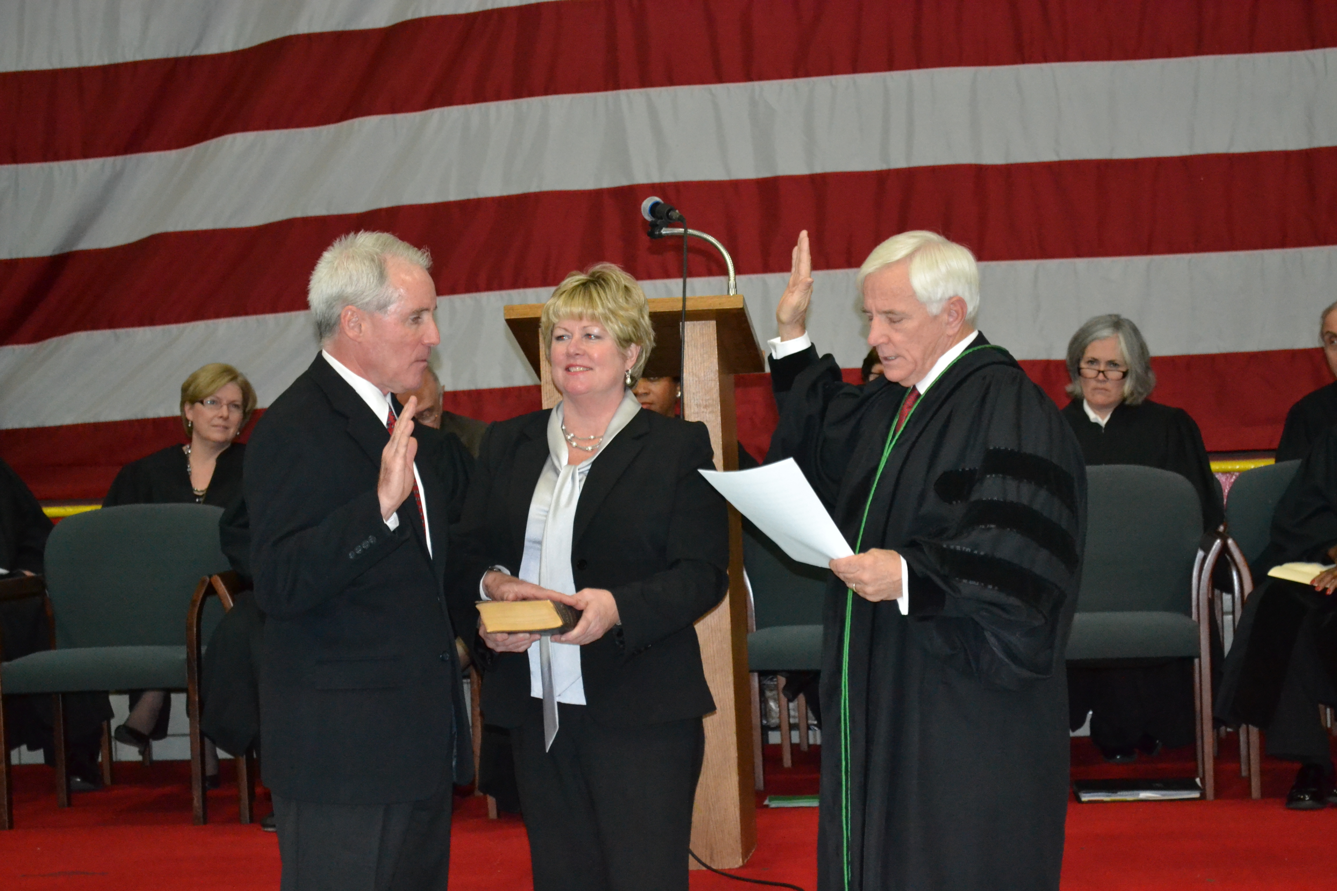 Judge Timothy McCormack '62 takes oath of office at VASJ