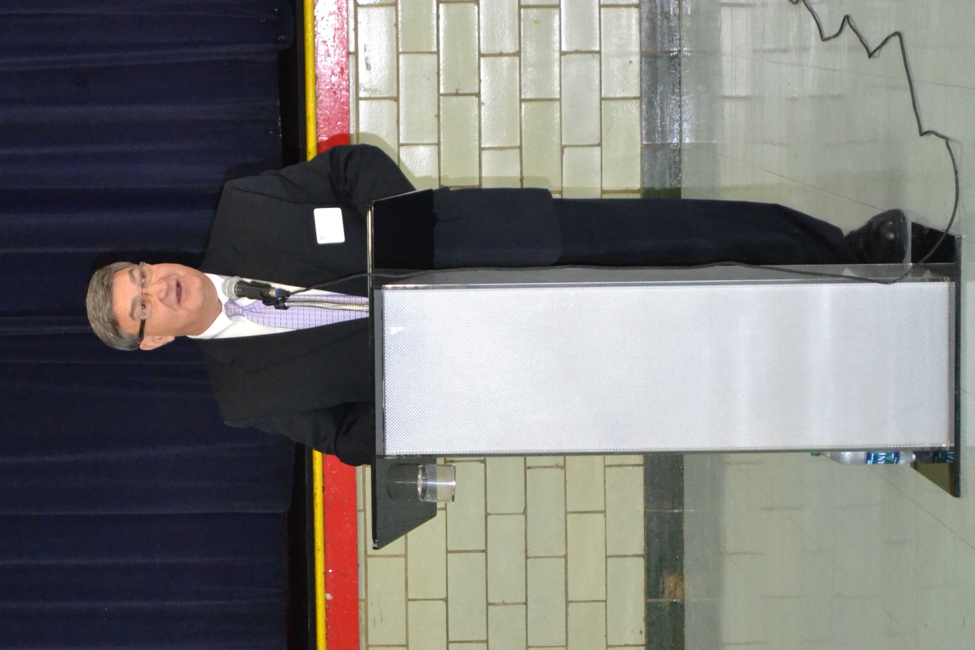 Joseph Scaminace '71 returns to VASJ as keynote speaker at career fair