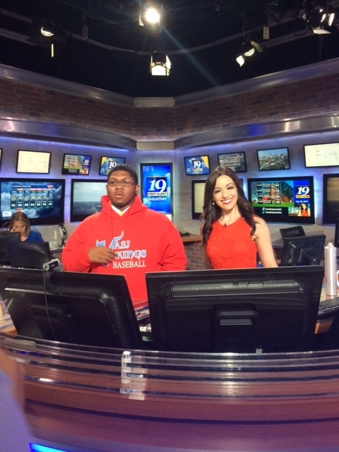 VASJ senior visiting news station
