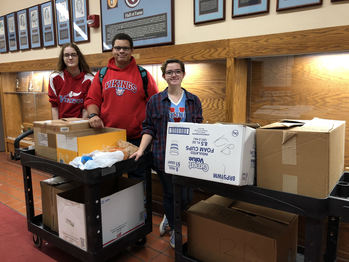 VASJ students use Spirit Week to give back to the community
