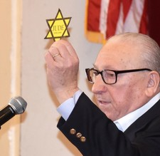 Students hear from Holocaust survivor