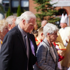 Benefactors, community gather for blessing of St. Joseph's new gym and parish center