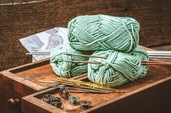 December 18: Do You Knit or Crochet? We Need Your Help!