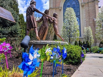 8th Annual Prayer Service for Child Abuse Prevention and Pinwheel Planting